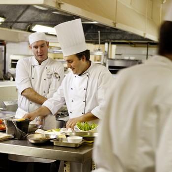 Areas de desempe o por carrera tecnica empleosvprueba for Trabajo jefe de cocina